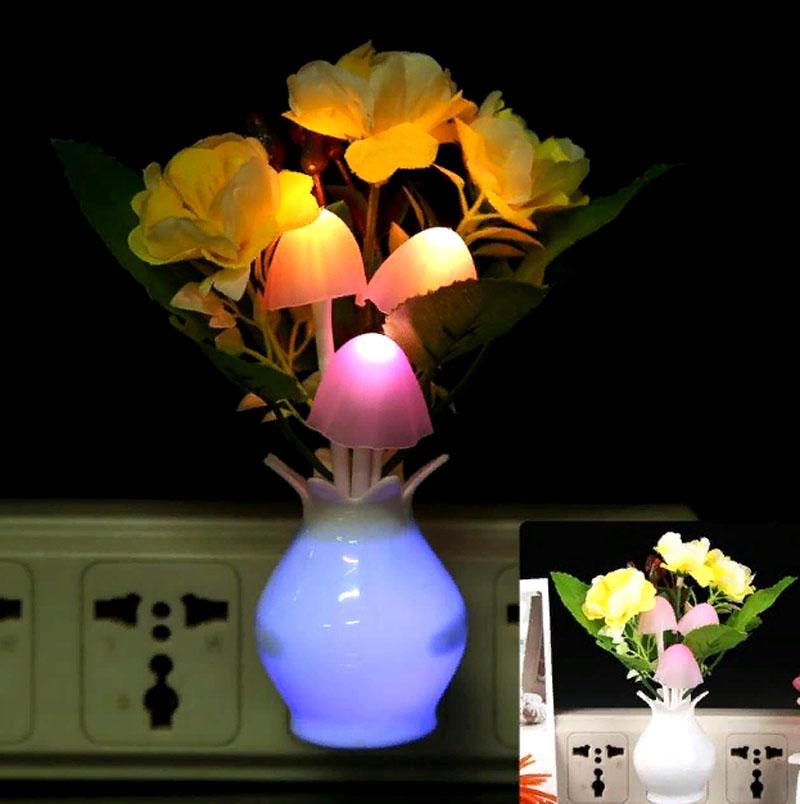 Нет ничего романтичнее цветов, а их светящийся вариант – романтично вдвойне
