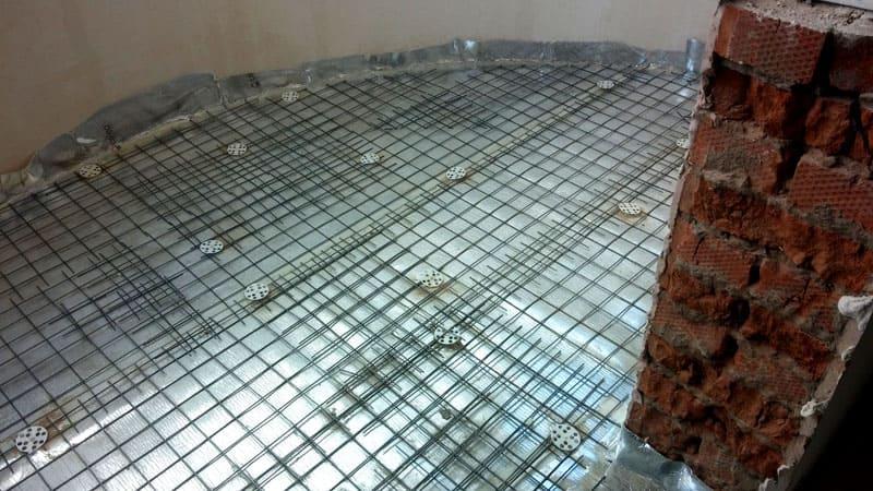 Армирующая сетка под стяжку на Пеноплэксе