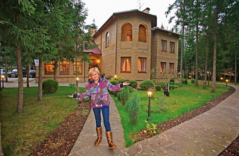 Апартаменты и дома Донцовой