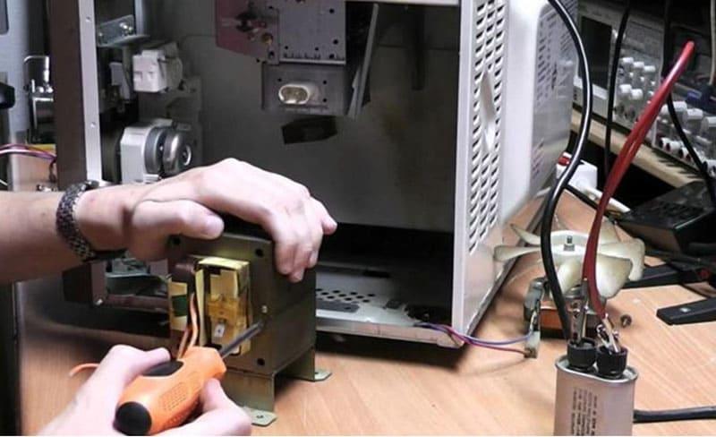 Аппарат для точечной сварки из микроволновки
