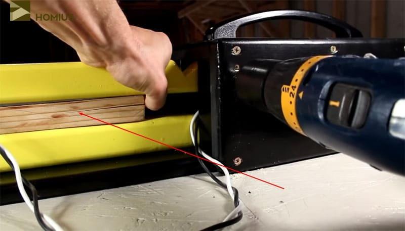 Рейки между брусками предназначены для ограничения расстояния по высоте