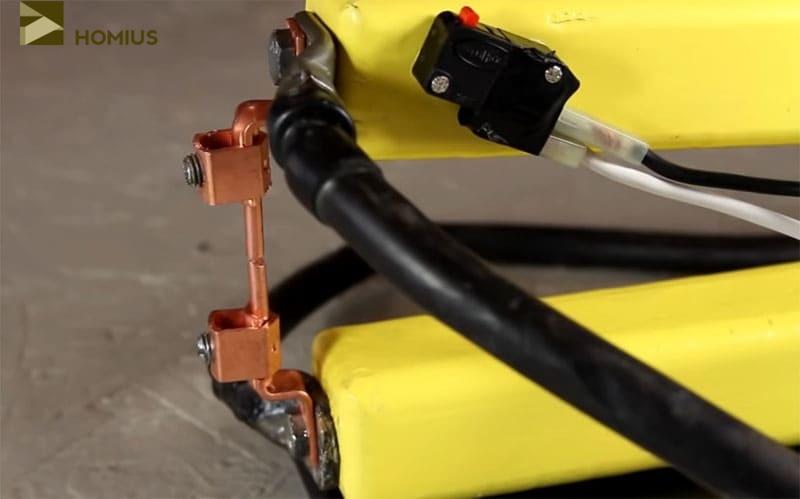 Итоговый результат – электроды закреплены на клещах
