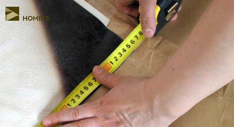 Измеряем ширину первого полотна. Считаем слева направо от начала рисунка