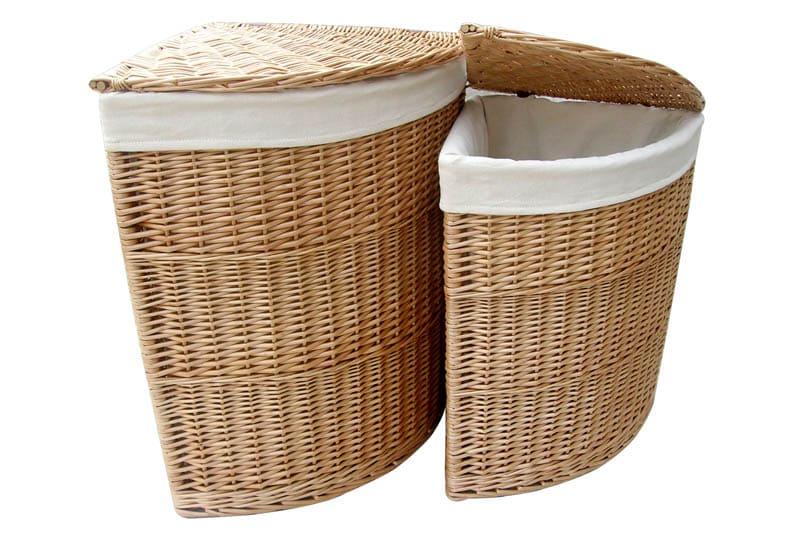 Угловые корзины – это наиболее удобное решение для маленьких ванных комнат