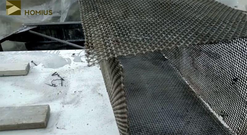 Из металлической сетки нужно выгнуть боковые стенки будущей крысоловки