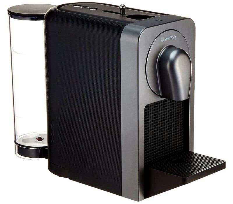Утром, как только вы проснулись, включите кофеварку Nespresso Prodigio через Bluetooth, не вставая с постели
