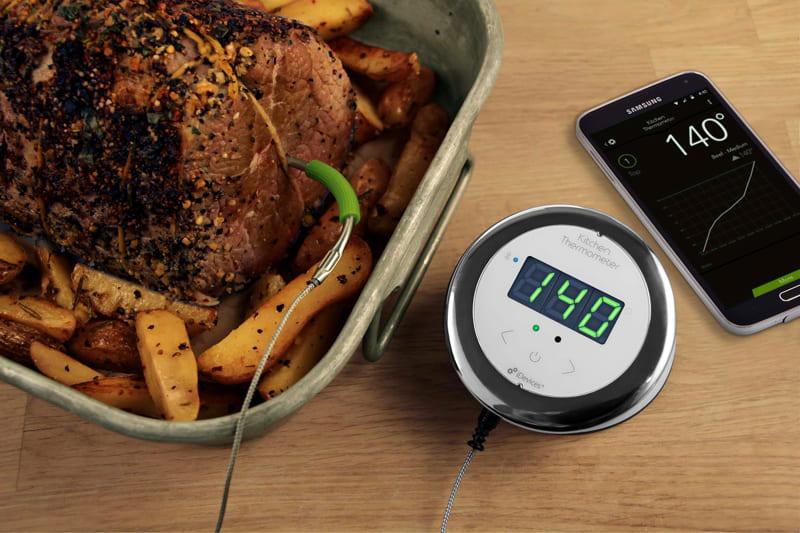 Особенно удобно использование термометра для запекания большого куска мяса