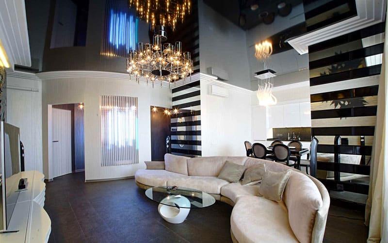 Чёрно-белое оформление помещения создаёт эффект глубины и выглядит стильно