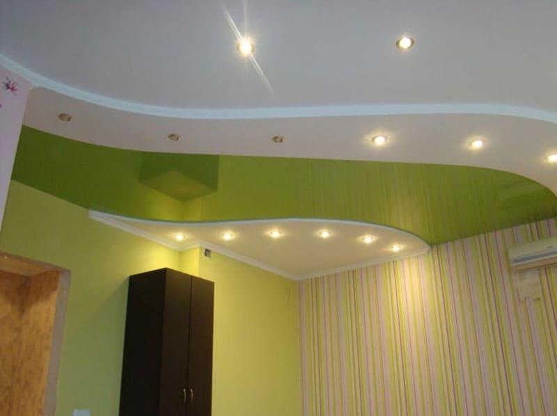Точечное освещение в гипсокартонной части конструкции