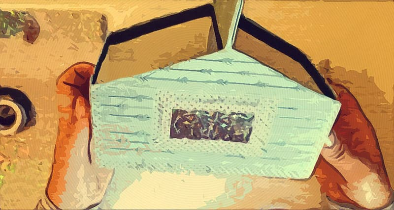 Органайзер для косметики из коробочки от сока