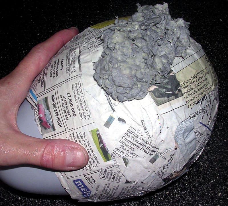 Для этой техники лепки готовится пластичная масса из бумаги