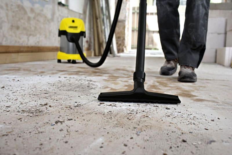 Клей, битум, грунтовку следует удалить, как и частицы пыли, грязи или жира