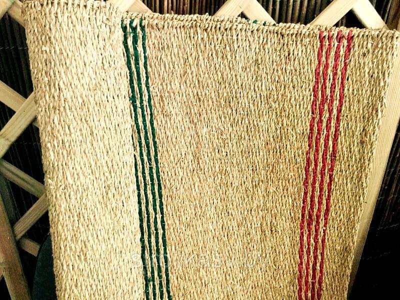 Циновки из рисовой соломки издают нежный и приятный аромат