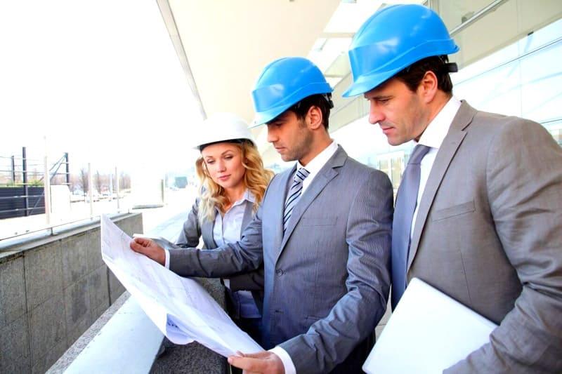 Зачастую во время проведения капитального ремонта необходимо исследовать конструкции, то есть, требуется проведение полной строительной экспертизы. Затем составляется рабочий проект