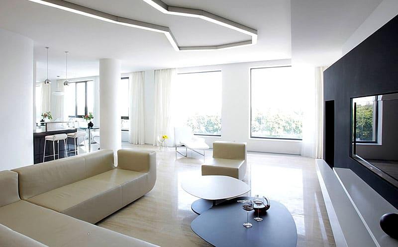 Мебель может быть и деревянной, но без излишеств в виде украшений