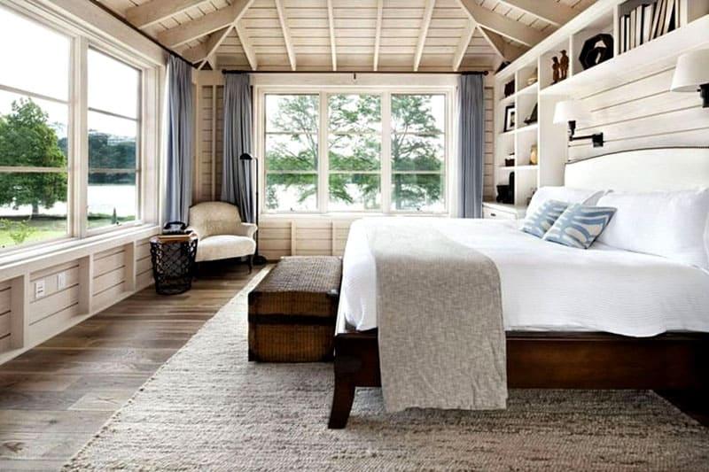 Цвет для спальни будет основным критерием, на втором месте будет подбор мебели и освещения