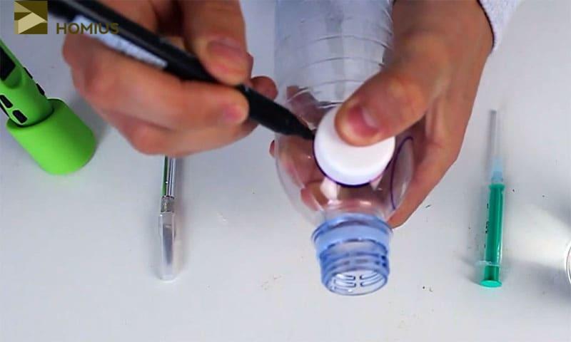 При помощи маркера и крышки отметить нужную область довольно легко