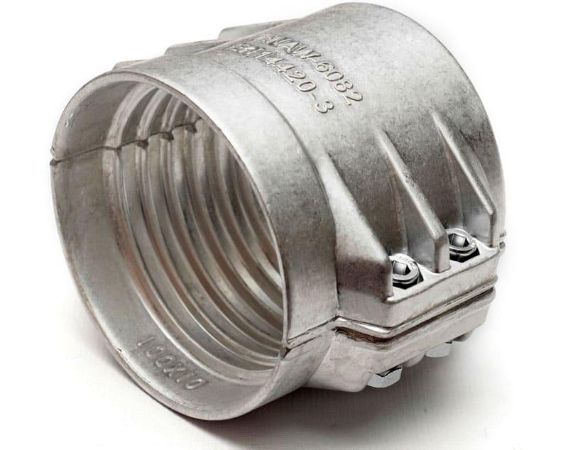 Неплохим вариантом для шлангов высокого давления является литой крепёжный элемент