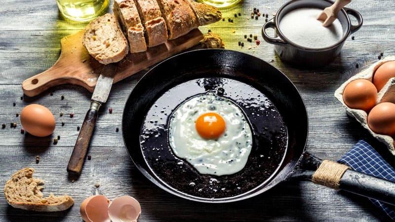 Идеальная яичница не так сложна в изготовлении, как вы думаете