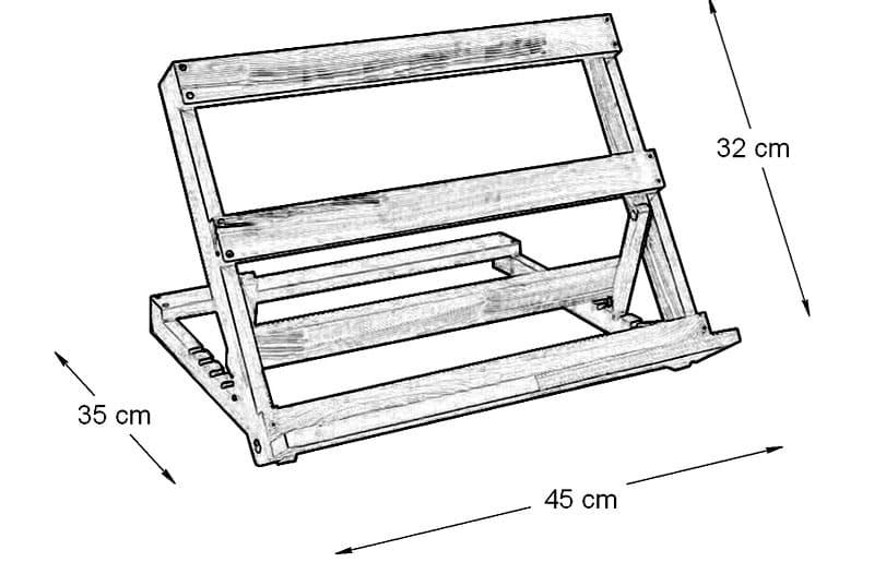 В подставке вырезаны пазы для удобной регулировки угла наклона