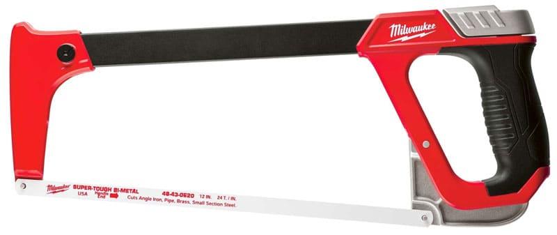 Профессиональные модели отличает надёжная рама, удобная прорезиненная ручка и больший функционал