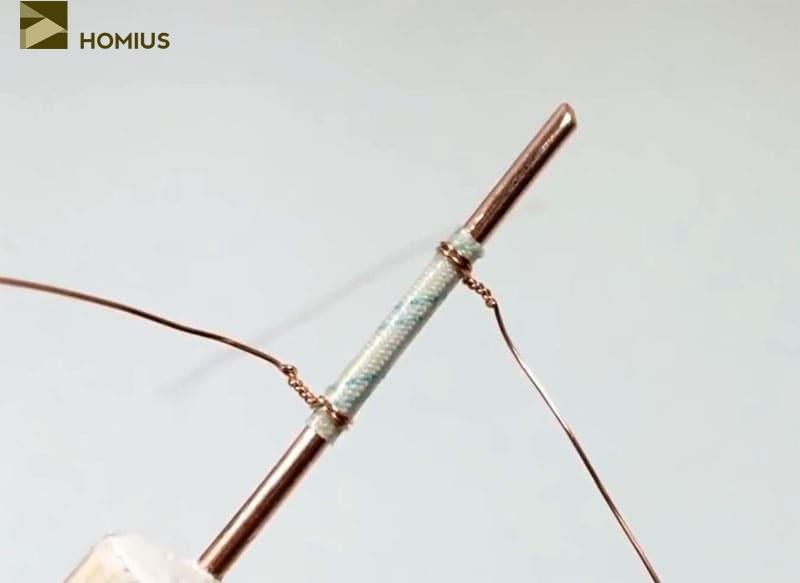 «Чехол» из стеклоткани зафиксирован при помощи тонкой медной проволоки