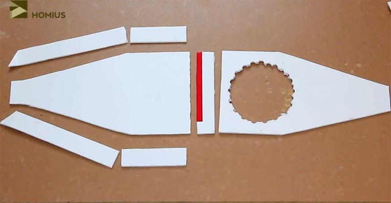 Детали корпуса пылесоса, вырезанные из пластика