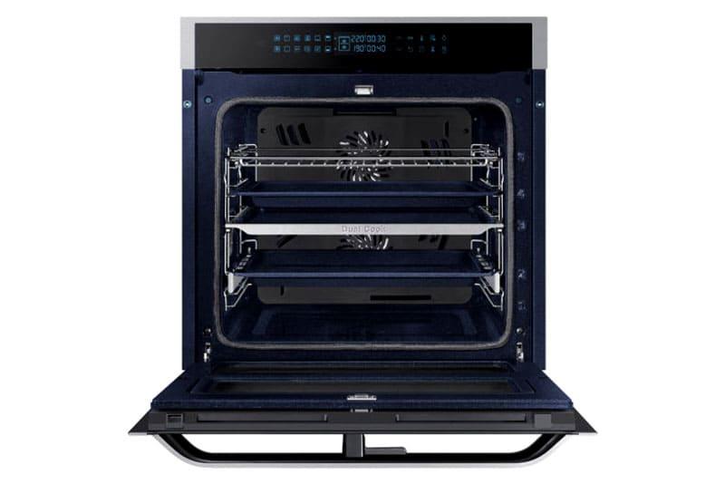 Технология нагрева позволяет одновременно готовить пищу на двух разных режимах