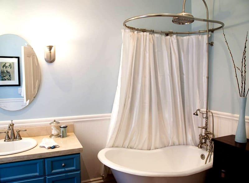 Штанга для шторы в ванную