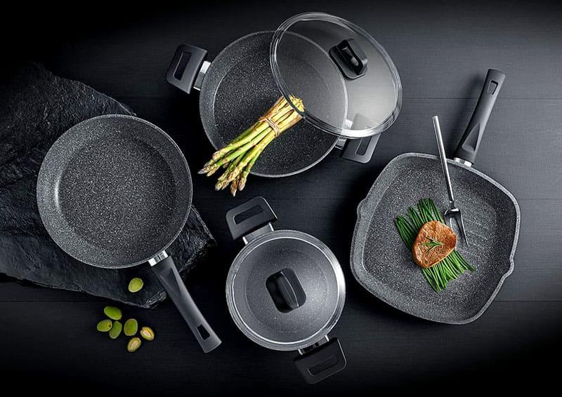 Производители выпускают большой ассортимент каменных сковород