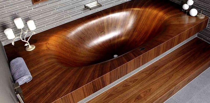 Поскольку дерево имеет извилистые и прямые волокна, получаются красивые доски. Часто мербау используют и при отделке ванных комнат, бань