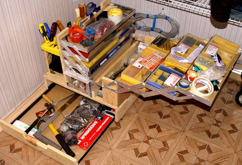 ФОТО: instrumentgid.ru Для поддержания порядка в инструментах нужно купить многофункциональный ящик или чемодан