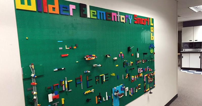 ФОТО: 1.bp.blogspot.com Игровая стена для детской комнаты