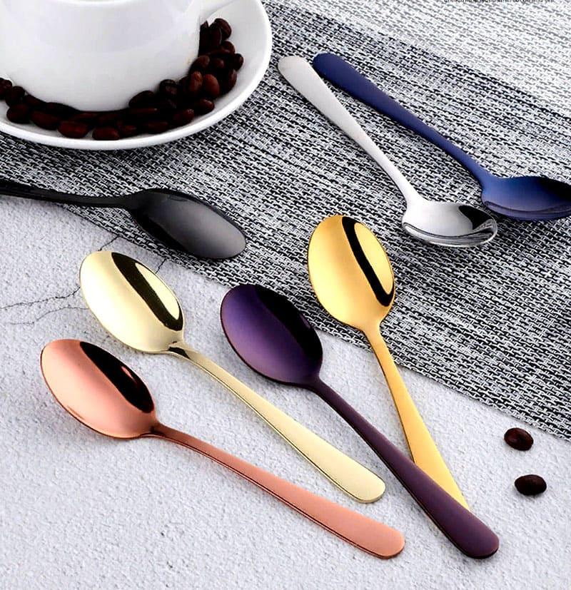 Можно выбрать один из семи оттенков: черный, золотой, розовое золото, синий, фиолетовый, бледно-золотой, серебристый
