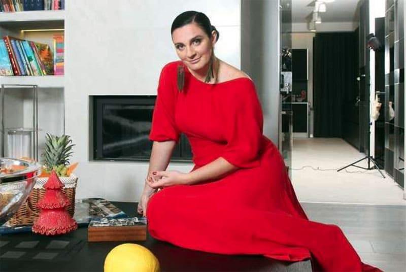 ФОТО: fashion-int.ru Интерьер питерской квартиры в стиле хай-тек