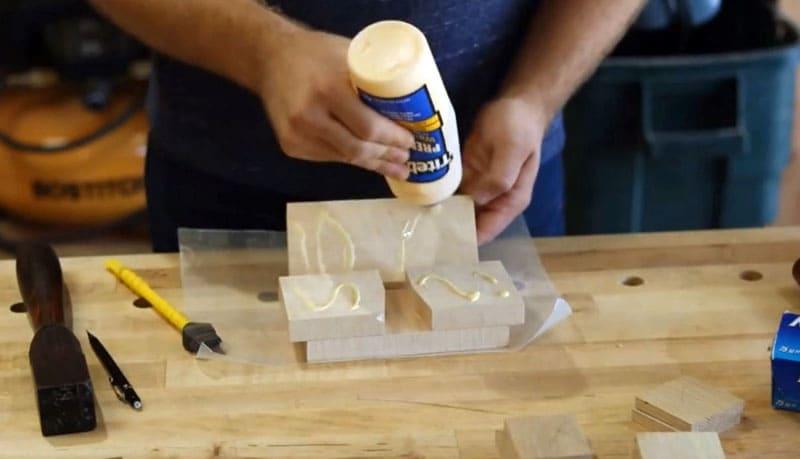 Сначала подбираем элементы одинаковой толщины и размера. На фото видно, как они должны располагаться в разрезе