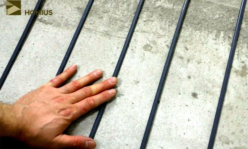 Проверяем рукой каждый стержень на предмет нагрева