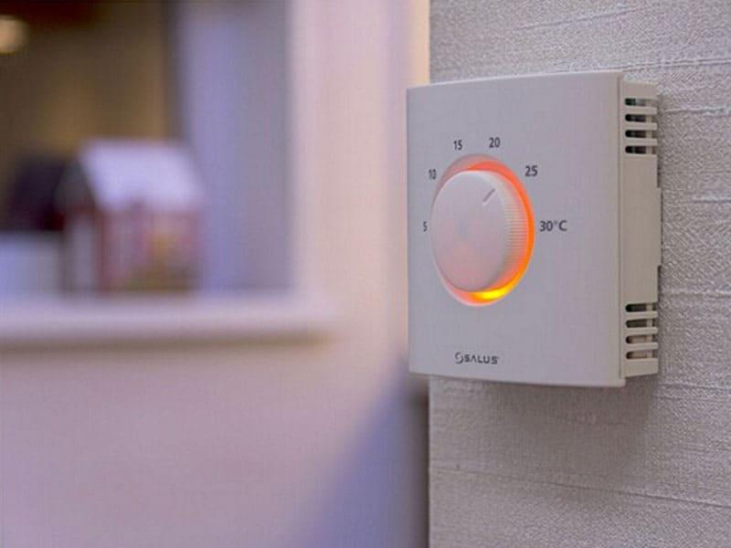 ФОТО: oteple.com Котёл – это не единая серая масса для нагрева воды, а необычная деталь в доме