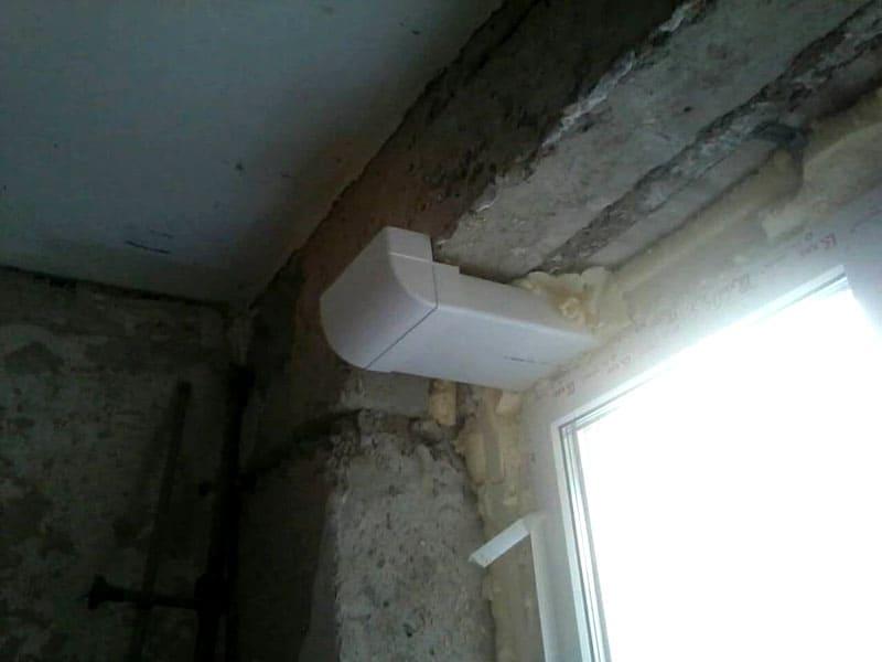 Как сделать из крохотной комнаты в коммуналке хоромы