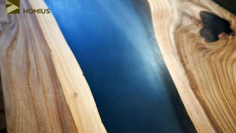 Вот так выглядела столешница после нанесения первого слоя масла на основе воска