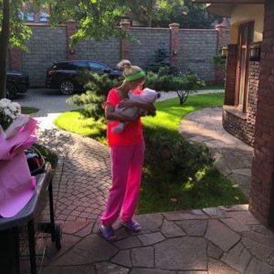 «Огламуренный» модерн - шикарные апартаменты молодой мамы Леры Кудрявцевой