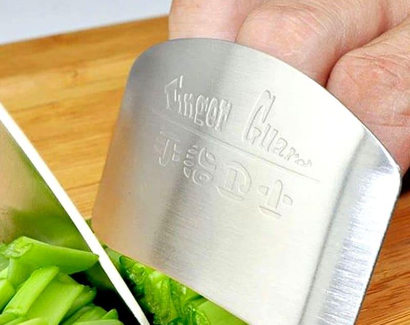 Нож для защиты от порезов – как вы думаете, удобно им резать или нет?