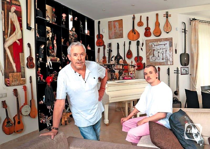 В музыкальной комнате собрана уникальная коллекция редких инструментов
