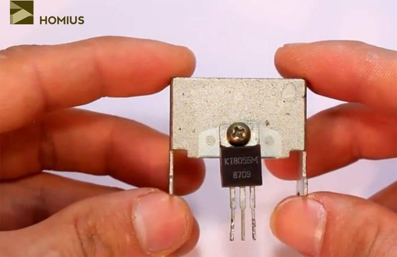 Вот такой биполярный транзистор подойдёт для самоделки