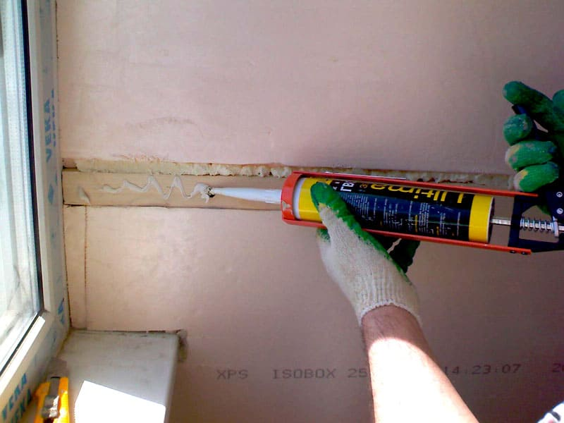 Отделка без проблем: крепим ПВХ панели к стене и потолку