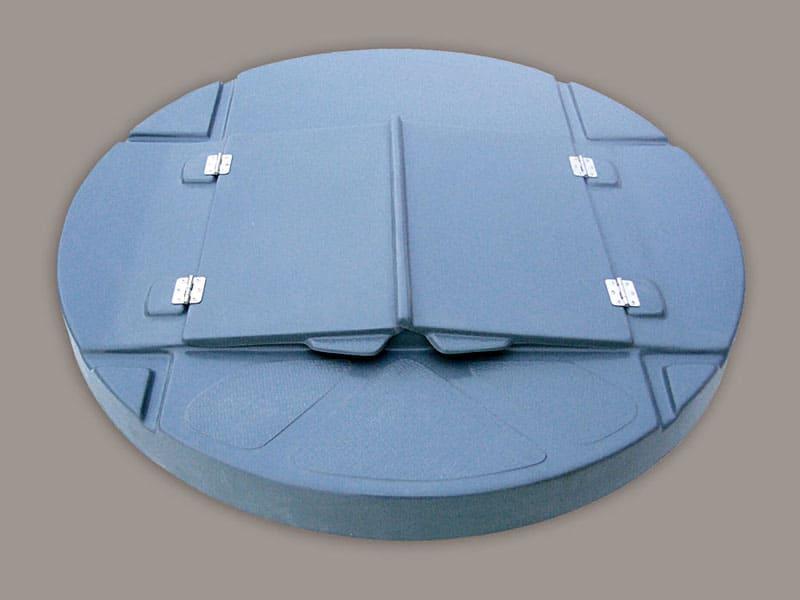 Крышки из текстолита устойчивы к любым климатическим условиям