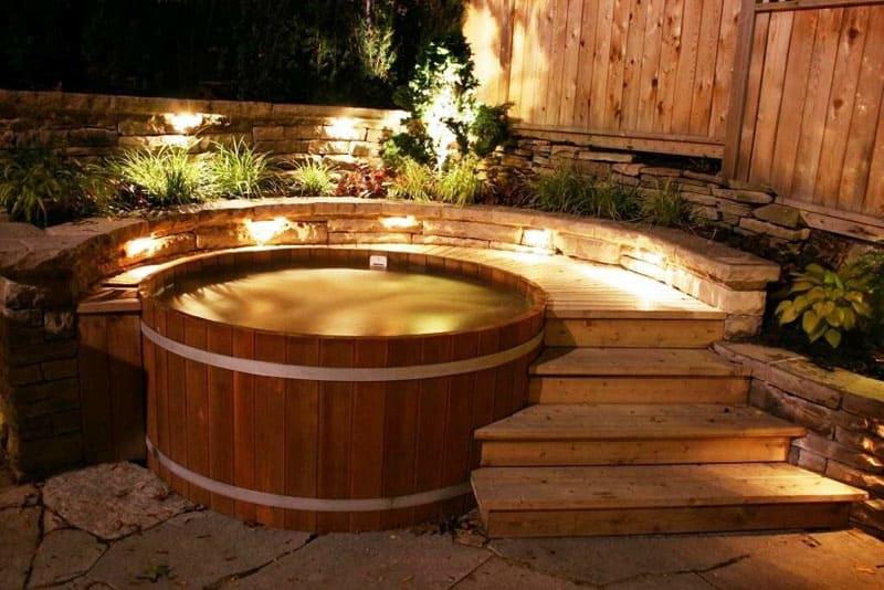 Баня с купелью станет достойным украшением загородного дома
