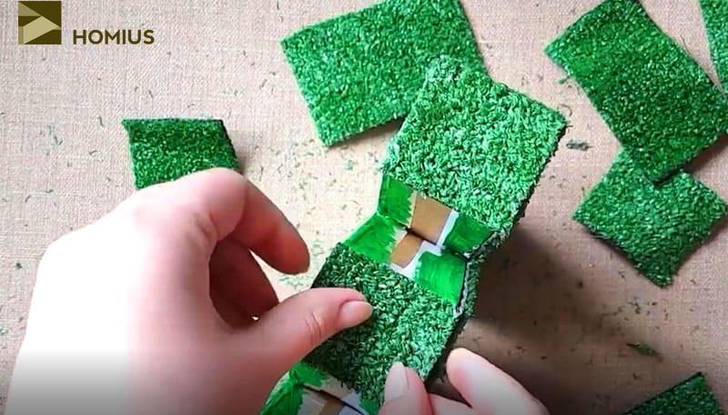 Когда дома не хватает лета: как самому сделать объёмные буквы из искусственной травы
