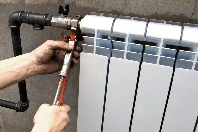 По возможности, радиаторы лучше демонтировать для улучшения качества итогового результата