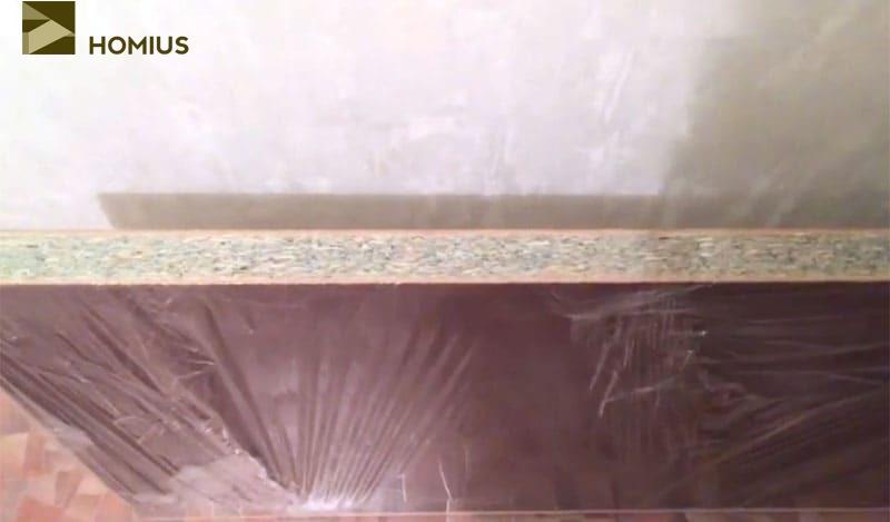 Столешница длиной 3 м совершенно не подходит для гарнитура на кухне площадью 6,5 м²